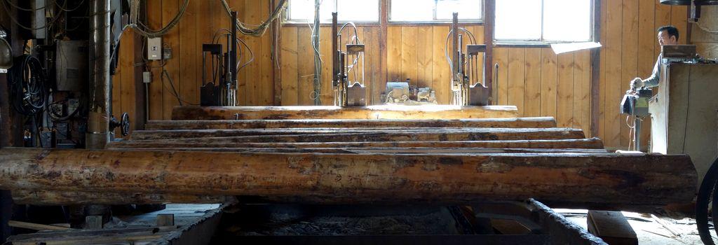 多様な赤松製品を丸太から製材